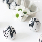 Jackson Pollock easter eggs!